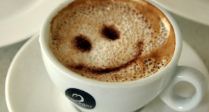 Food_Drinks_Coffee_with_a_smile_029729_